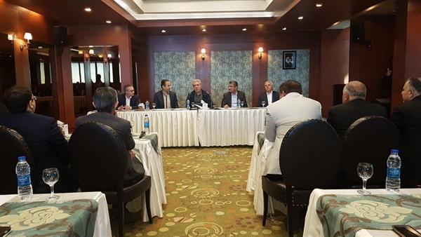 نشست رئیس سازمان میراث فرهنگی و جامعه هتلداران کشور برگزار گردید