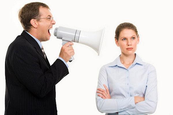 چگونه انتقاد کنیم که مؤثر و محترمانه باشد؟