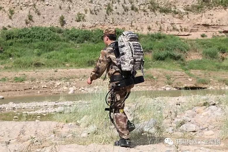 چین در حال کار روی نسل بعدی لباس های نظامی با قابلیت های شبیه فیلم مرد آهنی است