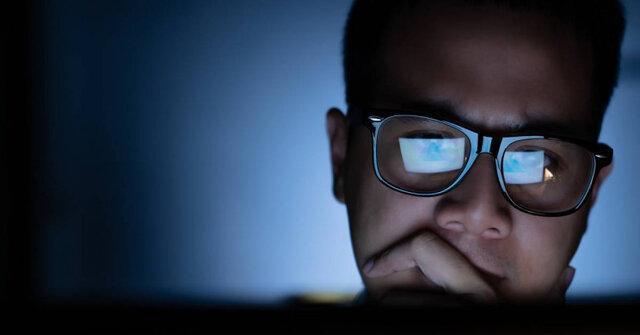ارتباط قرارگیری در معرض نور آبی با مغز و چشم