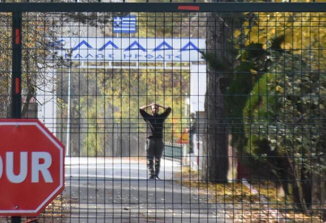 اعلام هویت داعشی بی وطن سرگردان در مرز ترکیه و یونان