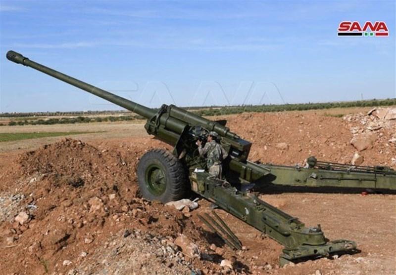 مقابله پدافند ارتش سوریه با پهپادهای تروریست ها در حماه