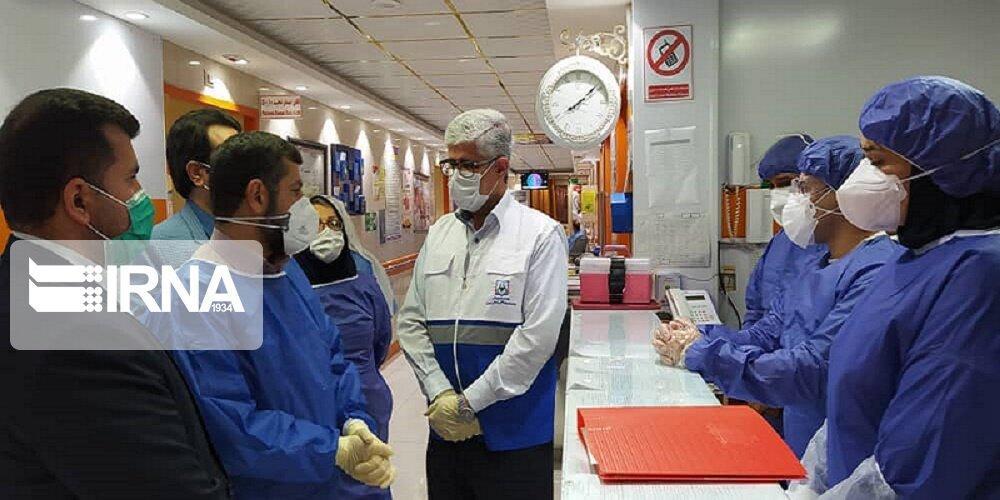 خبرنگاران استاندار خوزستان از تلاش کادر درمانی بیمارستان طالقانی آبادان قدردانی کرد