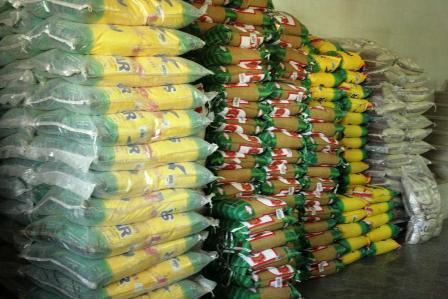 دعوای تیم مالی دولت بر سر برنج!
