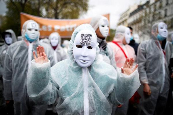اسکلتی در شهر طلایی گمشده ، پاریسی ها علیه دولت فرانسه (تصاویر)